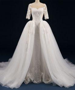 فستان زفاف ناعم و كلاسيكي