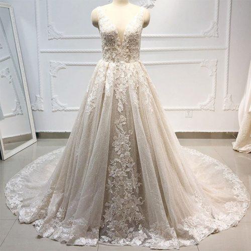 فستان رفاف ناعم بطلة الملكة بالدانتيل