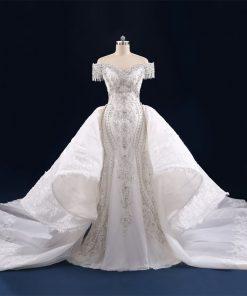 فستان زفاف فاخر مع ذيل طويل قابل للإزالة